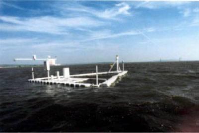 Flossverdunstungsmesser zur Bestimmung der Verdunstung über freien Wasserflächen